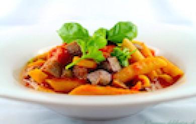 Vollkorn Penne mit Lupinenschnitzel, Erbsen und Fenchel - Lupinen Rezept