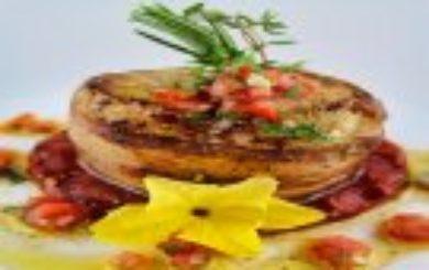 Grillrezept-Seeteufel-im-Speckmantel-auf-grillierter-Wassermelone